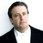 [Juanjo Mena, photo: BBC Philharmonic Sussie Ahlburg]