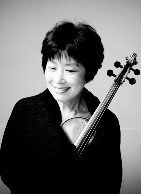 [Nobuko Imai, photo by Marco Borggreve]